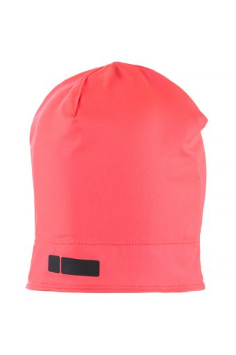 Hat in D.I.W.O.® technical fabric with solid colour