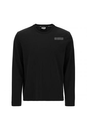 Long-sleeve t-shirt with diagonal seams
