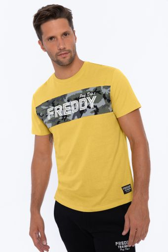 T-shirt with a camouflage panel and contrast print