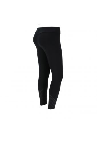 Skinny fit fitness leggings in breathable performance fabric