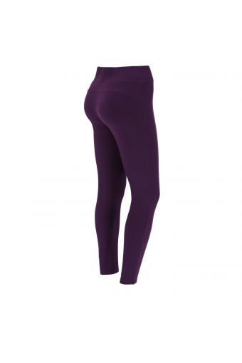 Fitness leggings with applied micro dot lettering