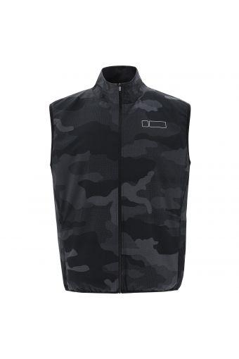 Sleeveless jacket in performance fabric