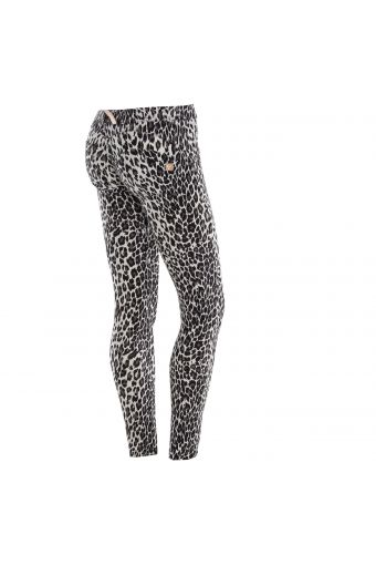 WR.UP® Skinny Low Rise in D.I.W.O.® fabric with all-over print
