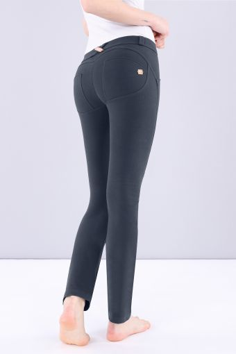 WR.UP® Straight Low Rise in Basic Colors line cotton