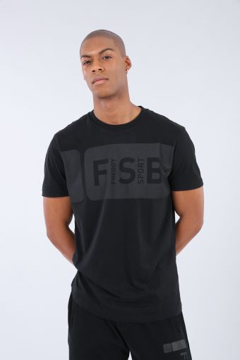 100% cotton t-shirt with lettering and a No-Logo logo