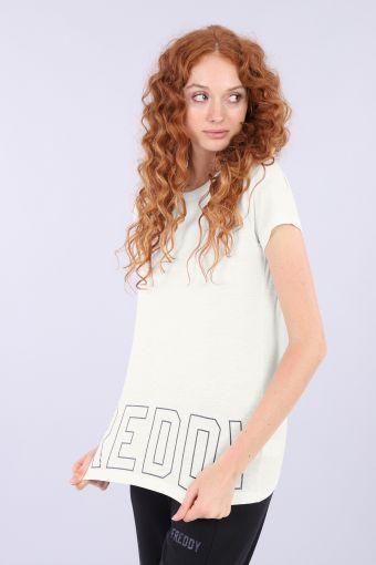 Regular t-shirt made from slub cotton with maxi logo