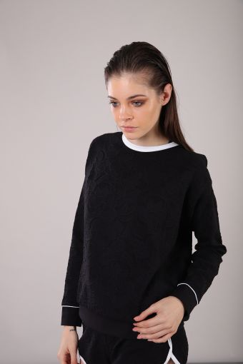 Yoga shirt in jacquard with a back V-neck 100% Made in Italy