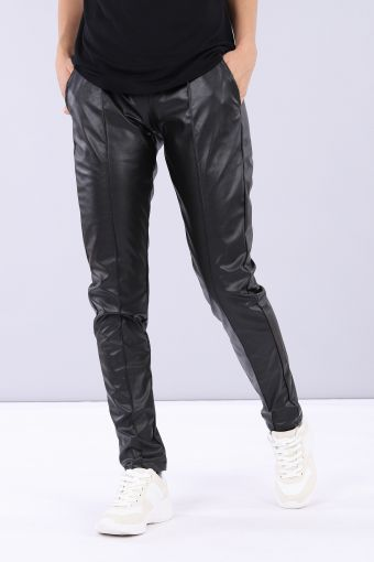 Reguläre Hose aus Kunstleder mit zusammenziehbarem Saum