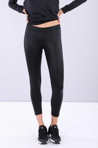 Shiny black ankle-length leggings