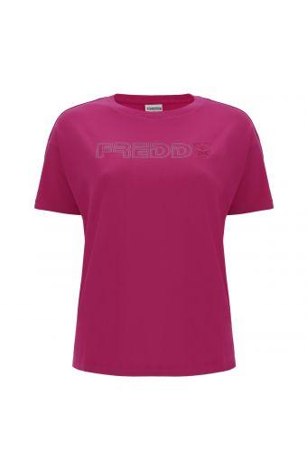 Camiseta comfort fucsia elástica con logotipo estampado