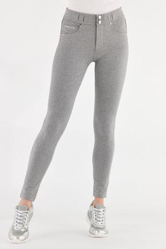 Hose N.O.W.® Pants aus Baumwolle mit Slim-Fit-Passform und engem Saum