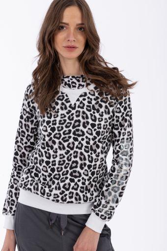 Lightweight leopard print crew neck sweatshirt
