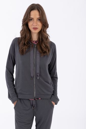 Komfort-Sweatshirt aus Modal mit Kapuze und Maxi-Kordelzug