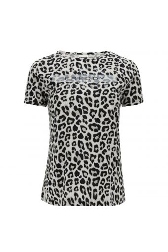 Leopard print t-shirt with a print on the front