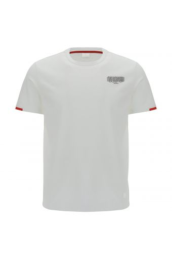 Regular-fit t-shirt with essential contrast details