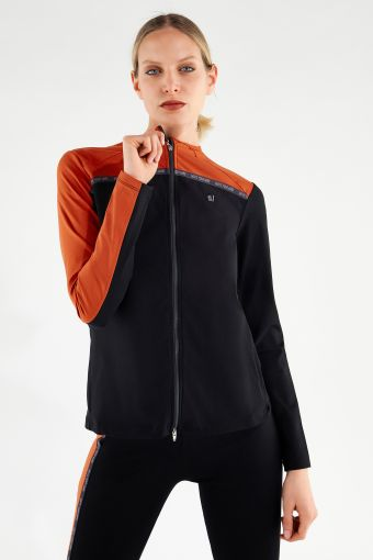 Yoga-Shirt in 2 Farben mit Reißverschluss - 100 % Made in Italy