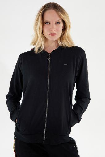 Sweatshirt mit gedoppelter Kapuze und verziert von Tropical-Lettering