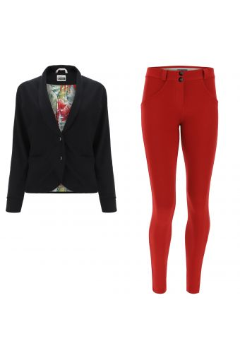 WR.UP®-IN track suit with a black blazer and red sculpting trousers