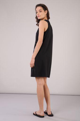 S/L medium-length dress with crew neck