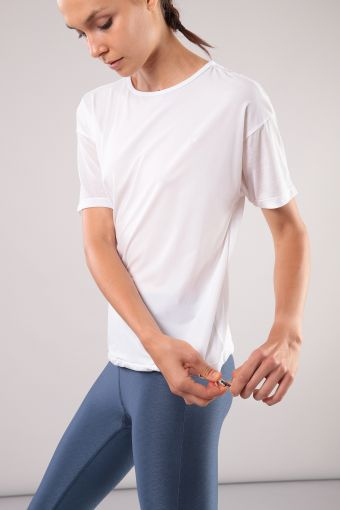 2-in-1-effect t-shirt ideal for yoga 100% Made in Italy