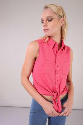 S/L shirt knotted at the waist in textured jersey