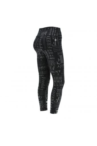 Breathable high waist ankle-length SuperFit leggings with lettering