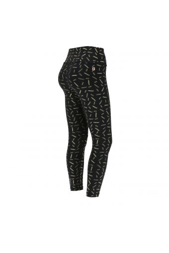 Breathable SuperFit leggings with a golden all-over logo