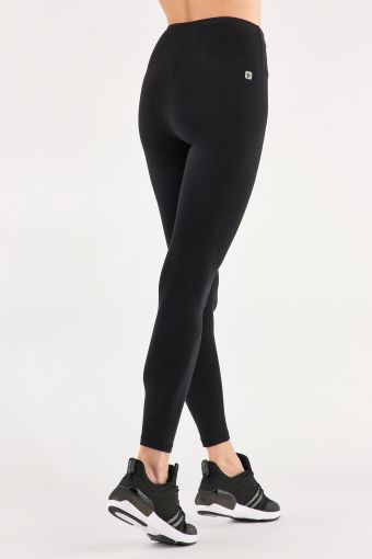 Ankle-length SuperFit leggings with a FREDDY print on one leg