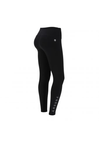 Ankle-length SuperFit leggings with a shiny FREDDY print on the lower leg