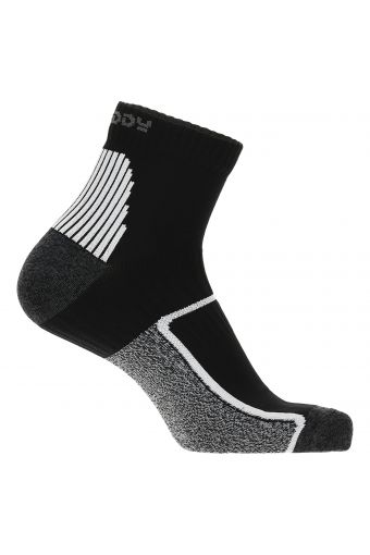 Unisex athletic socks with different compression zones