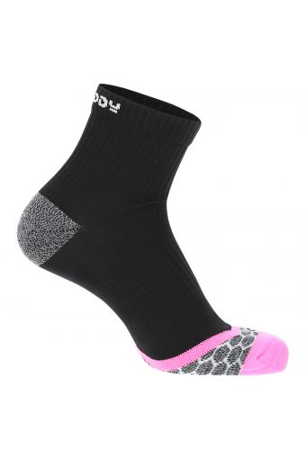 Colour block athletic socks with different compression zones