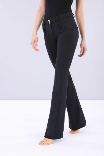 Pantalone WR.UP® lungo a zampa a vita regolare