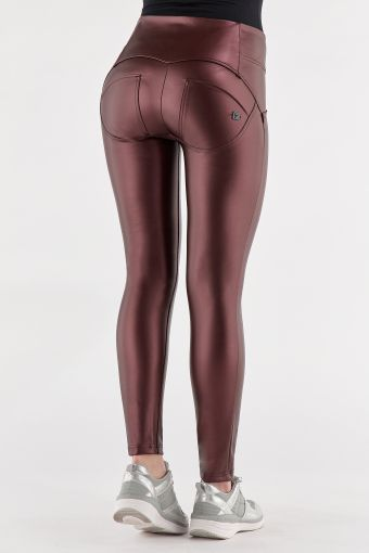 Skinny WR.UP® shaping trousers in metallic faux leather with black trim.