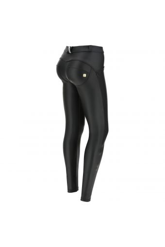 Skinny regular waist WR.UP® shaping trousers in faux leather – Special Edition