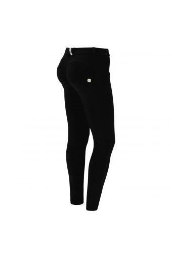 Women's regular-waisted WR.UP® skinny trousers in cupro