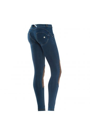 WR.UP® SHAPING EFFECT - Low Rise - SKINNY - True Denim - Coated knee patches with suede effect - micro-studs on back pockets