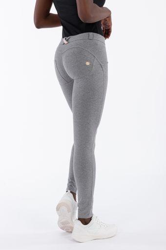Pantalón WR.UP® de corte superskinny, de talle y largo estándar