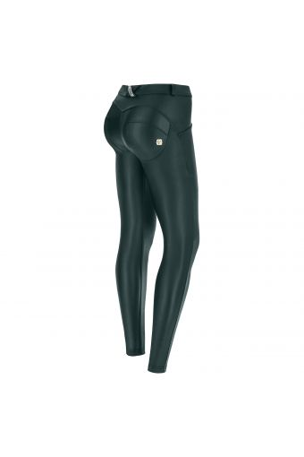 Superskinny regular waist WR.UP® in faux leather – Special Edition