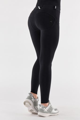 Superskinny WR.UP® shaping trousers with rhinestones on the belt loops