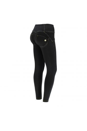 High-waisted ankle-length WR.UP® shaping jeans in dark denim with buttons
