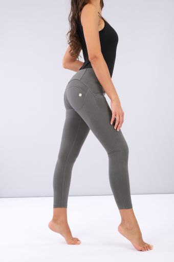 WR.UP ® longueur 7/8 super skinny et taille moyenne, effet galbant