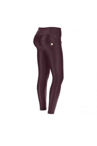 Ankle-length mid-rise faux leather WR.UP® super skinny trousers – Special Edition