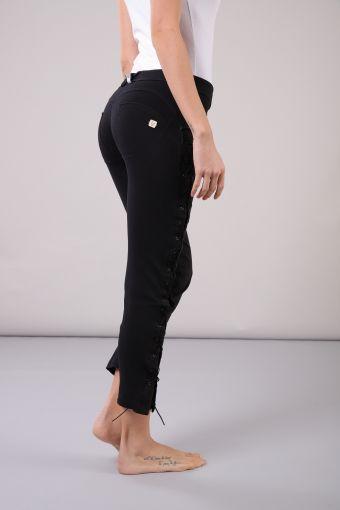 WR.UP® largo 7/8 con talle regular negro con abertura lateral