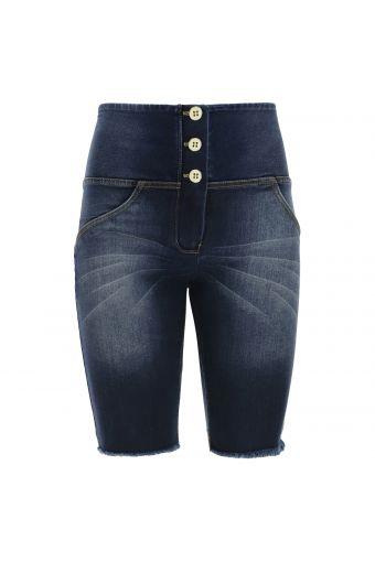 High waist WR.UP® jeans biker short with a frayed hem