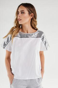 Camiseta oversize blanca con canesú plateado efecto espejo